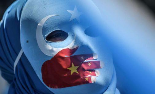 Tentado pelo investimento chinês, Erdoğan segue calado sobre uigures