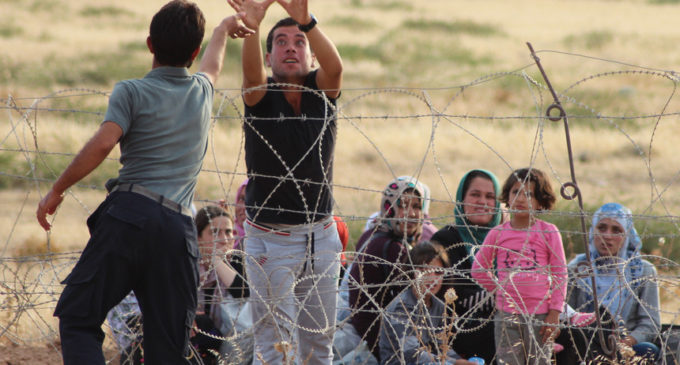 Sírios deslocados para fora de Istambul e para fora da Turquia. São mesmo regressos voluntários?