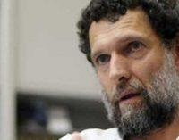 Tribunal prende novamente Kavala um dia após absolvição