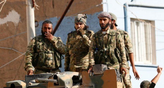 Turquia envia combatentes sírios da Al-Qaeda e ISIL para Líbia