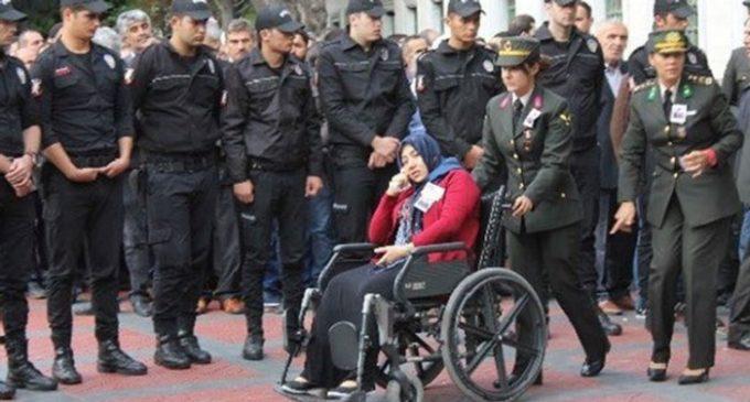 Viúva de soldado turco condenada à prisão por terrorismo