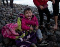 Criança morre na Grécia após abertura da fronteira
