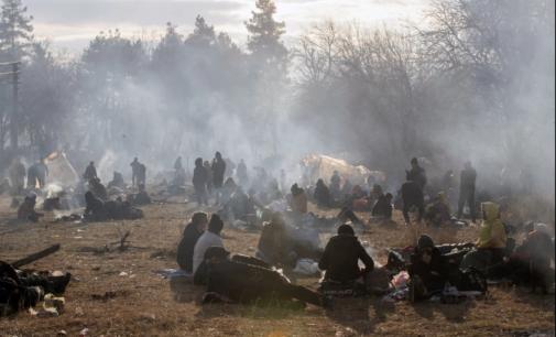 Erdogan abre os portões e Grécia responde com gás lacrimogêneo contra refugiados