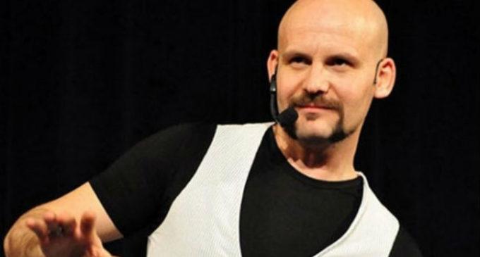"""Comediante turco condenado a 5 anos por """"terrorismo"""""""