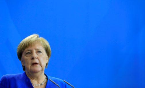 Merkel diz que Erdogan não deve usar refugiados para expressar insatisfação