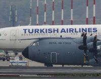 Confusão entre Inglaterra e Turquia na exportação de aventais hospitalares