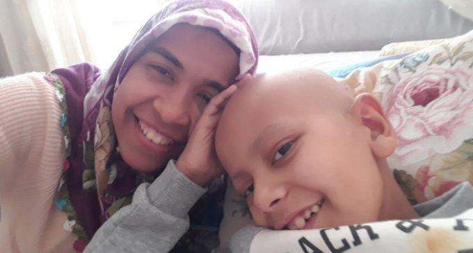 Morre menino com câncer impedido de viajar para tratamento