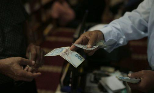 Partes do norte da Síria adotam moeda turca