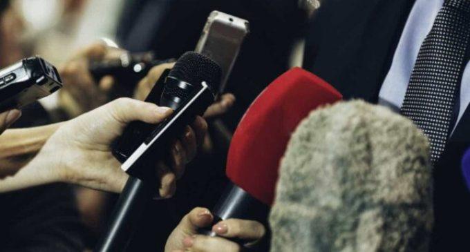Turquia prende dois jornalistas acusados de espionagem política e militar