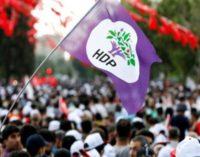 Mais 2 prefeitos curdos destituídos do cargo no sudeste da Turquia