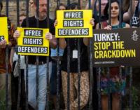 Na Turquia, você fala a verdade por sua conta e risco