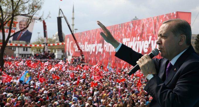 Repressão à internet na Turquia: exército de trolls online de Erdogan força dissidentes a fugir do país