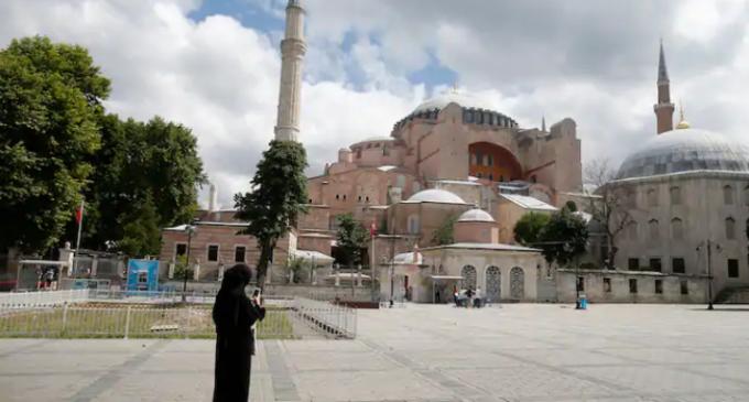 Tribunal turco abre caminho para o museu Santa Sofia se tornar uma mesquita novamente