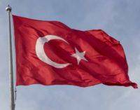 Turquia suspende prospecções de hidrocarbonetos criticadas pela Grécia