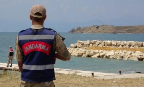 Pelo menos 60 imigrantes morrem em desastre de barco na Turquia