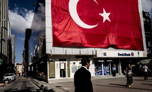 Lira turca pode ter ainda mais queda, dizem analistas