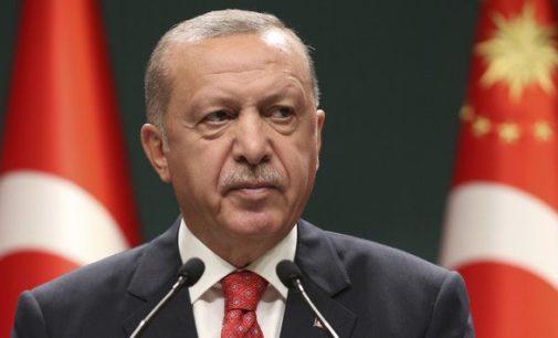 Turquia à beira da recessão com o colapso da economia