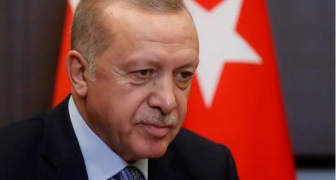 Boatos e perguntas cercam a marginalização do principal general turco