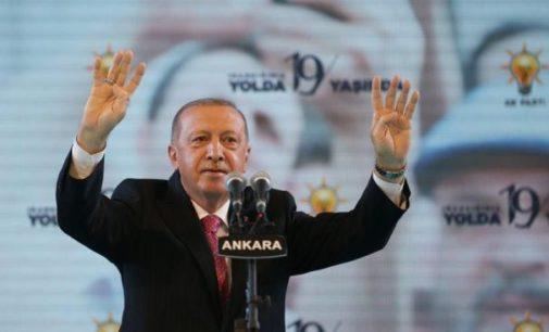 """A grande """"fake"""" de Erdogan inaugura uma nova era econômica para a Turquia"""