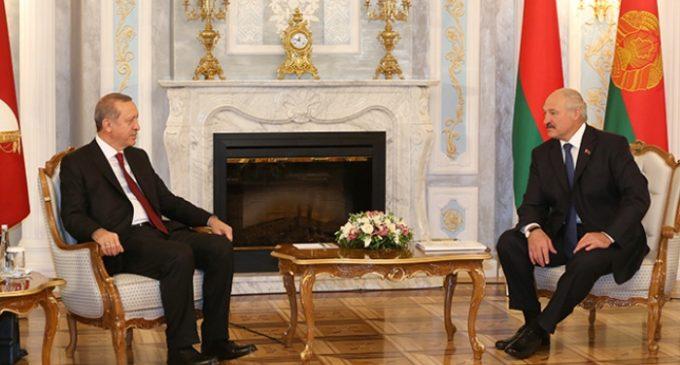Erdoğan parabeniza homem forte da Bielorrússia por vitória eleitoral