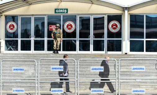 Comitê europeu anti-tortura relata abuso em prisões turcas