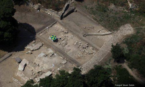 Dos hititas aos vikings: a história oculta de Bathonea na Turquia é desenterrada