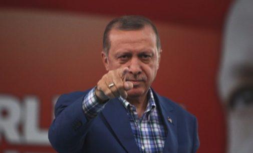 Mais de 36.000 pessoas investigadas por insultar Erdoğan em 2019