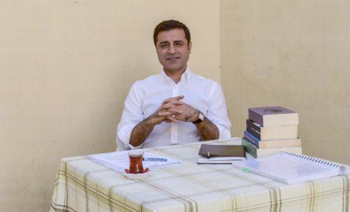 Situação nas prisões turcas é tragédia humana, diz líder curdo preso