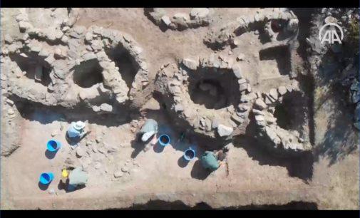 Arqueólogos descobrem templo de 12 mil anos no norte da Turquia