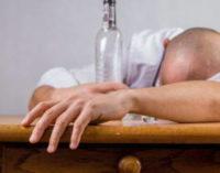 Na Turquia, mais de 40 pessoas morreram após consumirem álcool adulterado