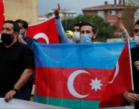 Turquia envia combatentes sírios para o Azerbaijão
