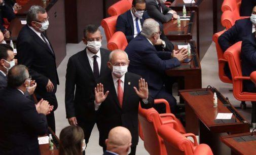 Comentários sobre presos políticos geram ameaças de morte para líderes da oposição turca