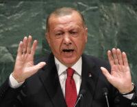"""Erdoğan chama Demirtaş de """"terrorista"""" e nega a existência de um problema curdo na Turquia"""