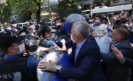 A Turquia de Erdogan visa Partido Pro-Curdo em uma estratégia de dividir e conquistar