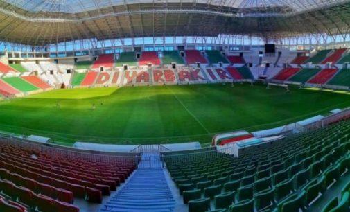 A indignação com o racismo em campo gera debate sobre calúnias racistas contra o time curdo Amedspor