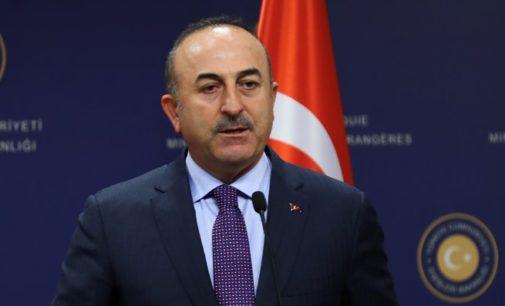 O poder não será entregue à oposição, mesmo se houver eleições antecipadas, diz o chanceler turco