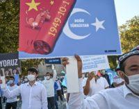 Tratado de extradição a ser assinado com a China ameaça uigures na Turquia