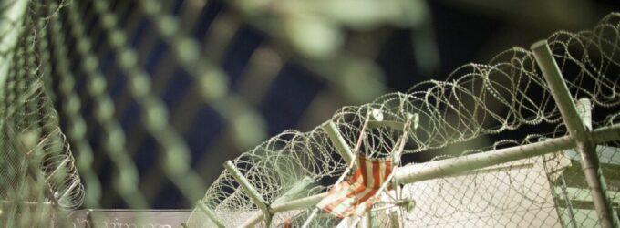 Condições desoladoras no campo de migrantes na Grécia levam o jovem ao suicídio