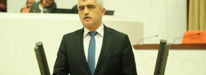 Defensor dos direitos da prisão diz que encontrou documento detalhando revistas intimas ilegais