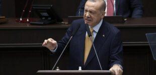 Apoio popular à Erdoğan atinge o ponto mais baixo desde o outono de 2020