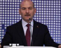 Ministro turco nega ligações com a máfia e ataca partidos da oposição