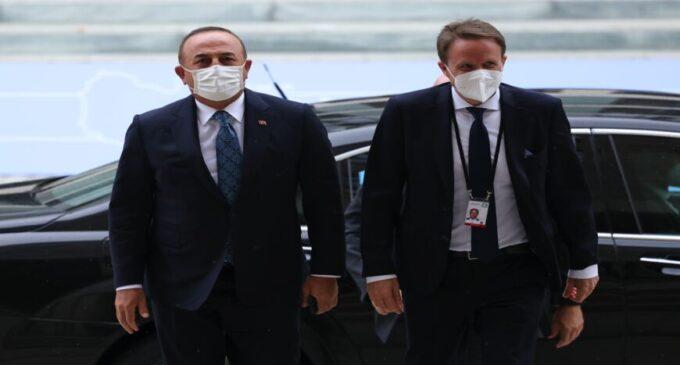 Turquia atrasa a retirada das forças estrangeiras da Líbia