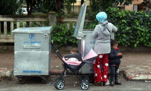 A pobreza se aprofunda na Turquia enquanto muitos contestam o estilo de vida luxuoso e os palácios de Erdoğan