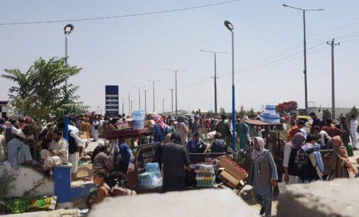 Reino Unido planeja centros de asilo offshore em outros países para afegãos