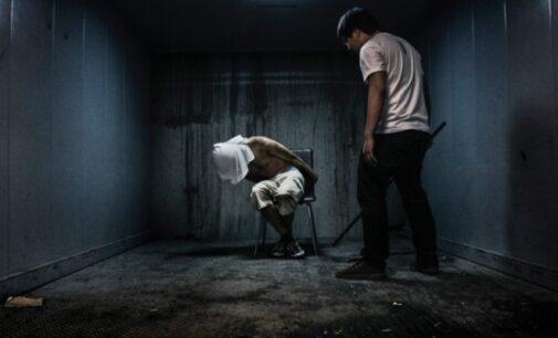 O tribunal superior da Turquia aplica multas em governo por tortura, exige investigação